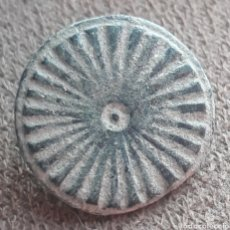 Monedas reinos visigodos: BOTON VISIGODO DE BRONCE TALLADO. Lote 274612883