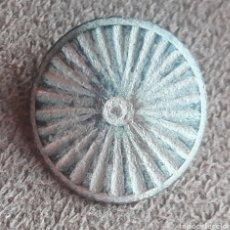 Monedas reinos visigodos: BOTÓN VISIGODO DE BRONCE TALLADO. Lote 274614188