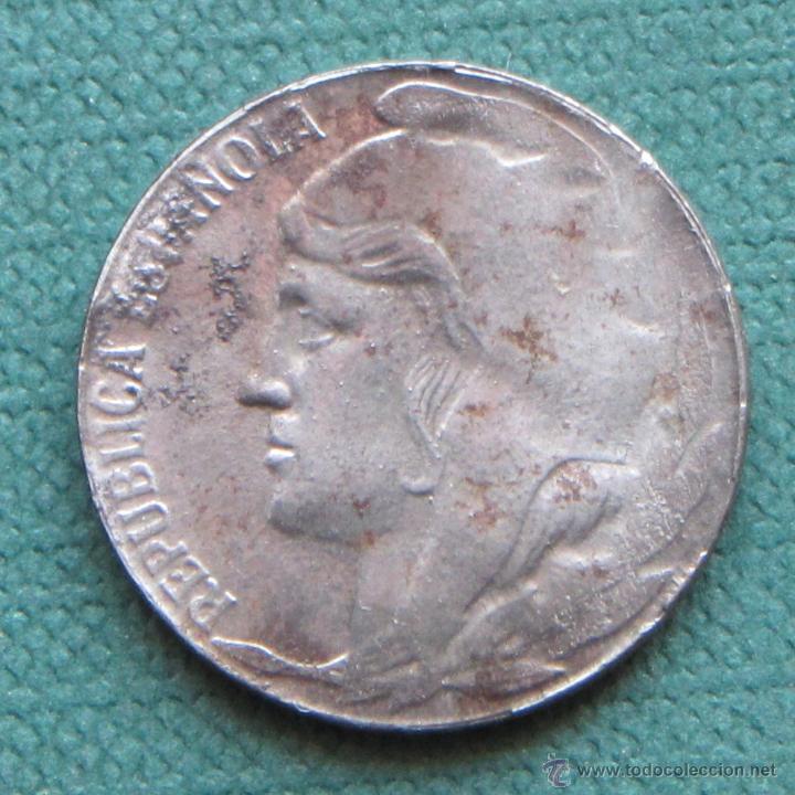 II REPÚBLICA 5 CÉNTIMOS 1937 HIERRO (Numismática - España Modernas y Contemporáneas - República)