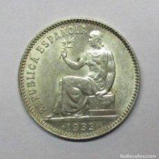 Monedas República: SEGUNDA REPUBLICA ESPAÑOLA 1 PESETA DE PLATA 1933 * 3 - 4. LOTE 0629. Lote 97842384