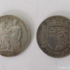 Monedas República: 2 MONEDAS DE PLATA DE LA REPÚBLICA - 1 PESETA (1933) - EBC. Lote 98475367