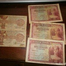 Monedas República: 2 BILLETES DE UNA PESETA 1937 REPUBLICA ESPAÑOLA Y 3 DE 10 PESETAS BANCO DE ESPAÑA 1935. Lote 118849199