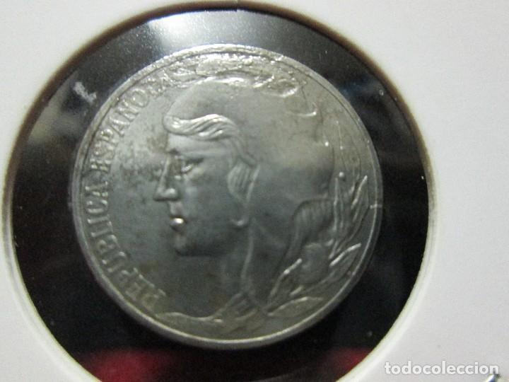 5 CENTIMOS 1937 II REPUBLICA ESPAÑOLA (Numismática - España Modernas y Contemporáneas - República)