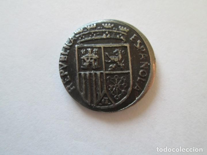 Monedas República: REPUBLICA ESPAÑOLA * 10 CENTIMOS 1938 - Foto 2 - 146026670