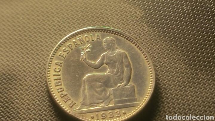 Münzen der Zweiten Republik: Moneda de plata de la republica 1 peseta 1933 - Foto 3 - 147596254