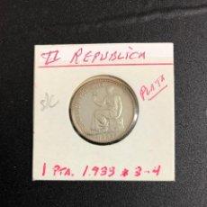 ESPAÑA(II REPUBLICA) 1 PESETA (PLATA) 1933 ( *3 *4 ) S/C