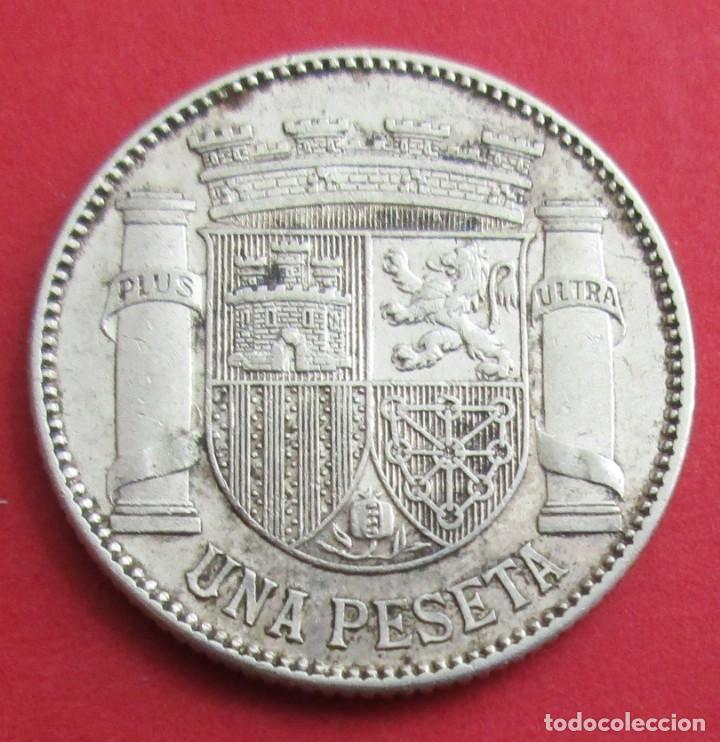 Münzen der Zweiten Republik: II REPÚBLICA. MONEDA DE 1 PESETA. 1933 *3 *4. PLATA. - Foto 2 - 156510218