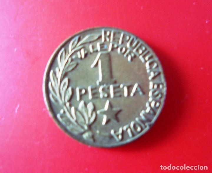 Monedas República: CONSEJOS MUNICIPALES DE MENORCA. Moneda de 1 Peseta. - Foto 2 - 268717254