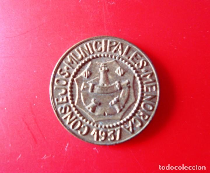 CONSEJOS MUNICIPALES DE MENORCA. MONEDA DE 1 PESETA. (Numismática - España Modernas y Contemporáneas - República)