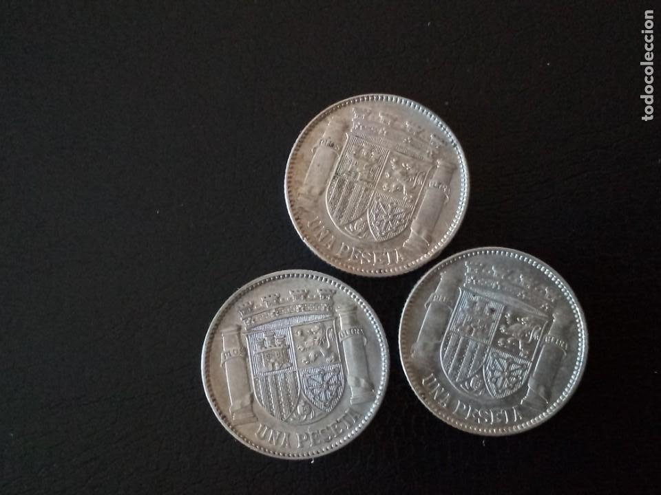Monedas República: LOTE 3 MONEDAS DE PLATA 1 PESETA REPUBLICA 1933 - Foto 2 - 212148653
