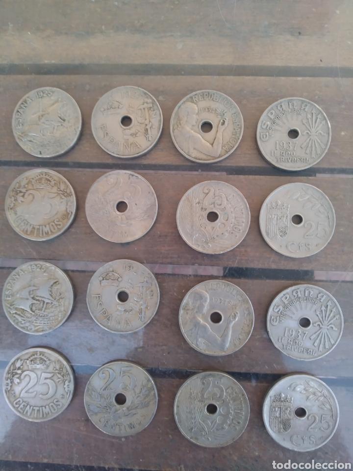 LOTE COMPUESTO POR 16 MONEDAS (Numismática - España Modernas y Contemporáneas - República)
