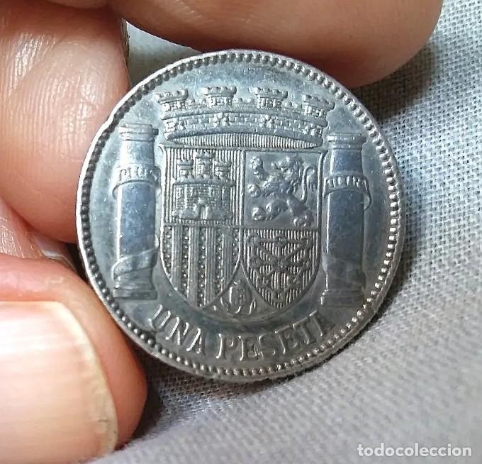 ANTIGUA MONEDA UNA PESETA DE PLATA DE LEY 925 MM AÑO 1933 (Numismática - España Modernas y Contemporáneas - República)