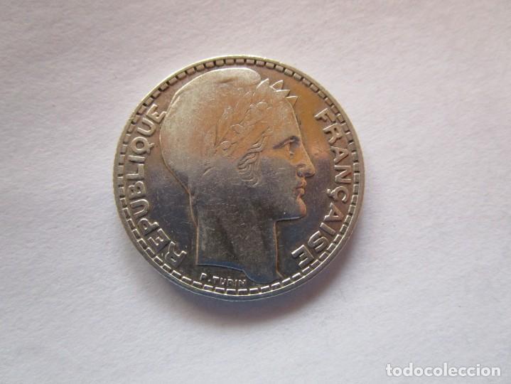 FRANCIA . 10 FRANCOS DE PLATA ANTIGUOS . ACUÑADA EN 1932 . MUY BONITA (Numismática - España Modernas y Contemporáneas - República)
