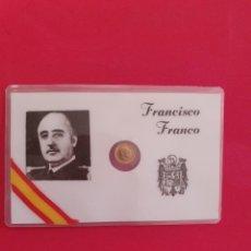 Monedas República: CARNET DE FRANCISCO FRANCO CON MONEDA DE 100 PESETAS ORO. Lote 224839538