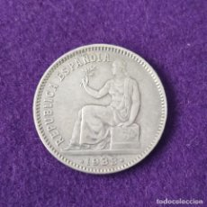 Monedas República: MONEDA DE PLATA ORIGINAL DE 1 PESETA. 1933. REPUBLICA ESPAÑOLA. * 3-4. REVERSO GIRADO. ESCASA.. Lote 226043560
