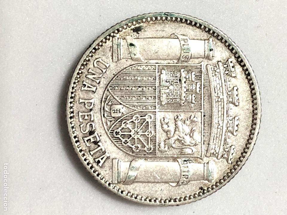 Monedas República: Una peseta de plata de 1933. II Republica Española. - Foto 2 - 265877034