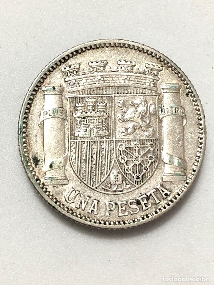 Monedas República: Una peseta de plata de 1933. II Republica Española. - Foto 6 - 265877034