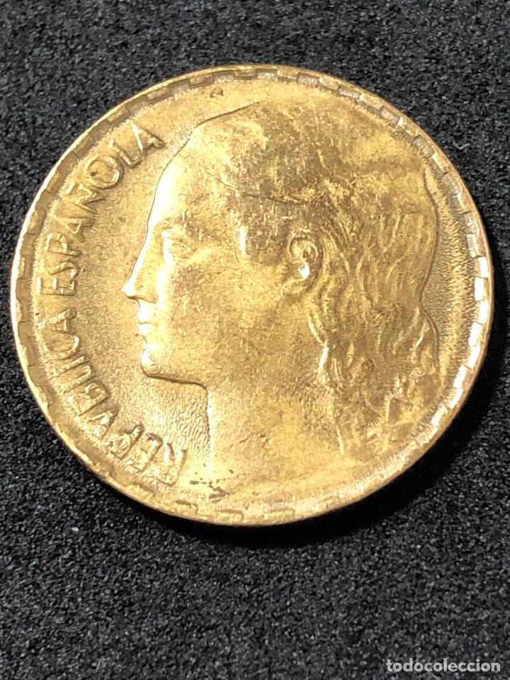 Monedas República: Moneda de 1 peseta de 1937. II Republica. La Rubia original. - Foto 3 - 266009753
