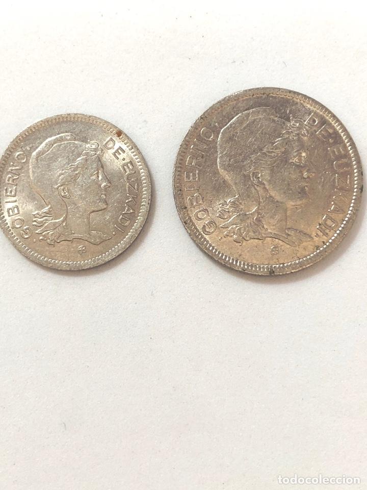 Monedas República: 1937 Guerra Civil. Euzkadi. 1 y 2 pesetas,serie completa.MBC/MBC +. - Foto 3 - 269704893