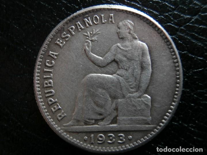 Monedas República: 1 PESETA DE PLATA 1933 REPUBLICA ESPAÑOLA REVERSO GIRADO ( ¿FALSA DE EPOCA? ). - Foto 5 - 284602128