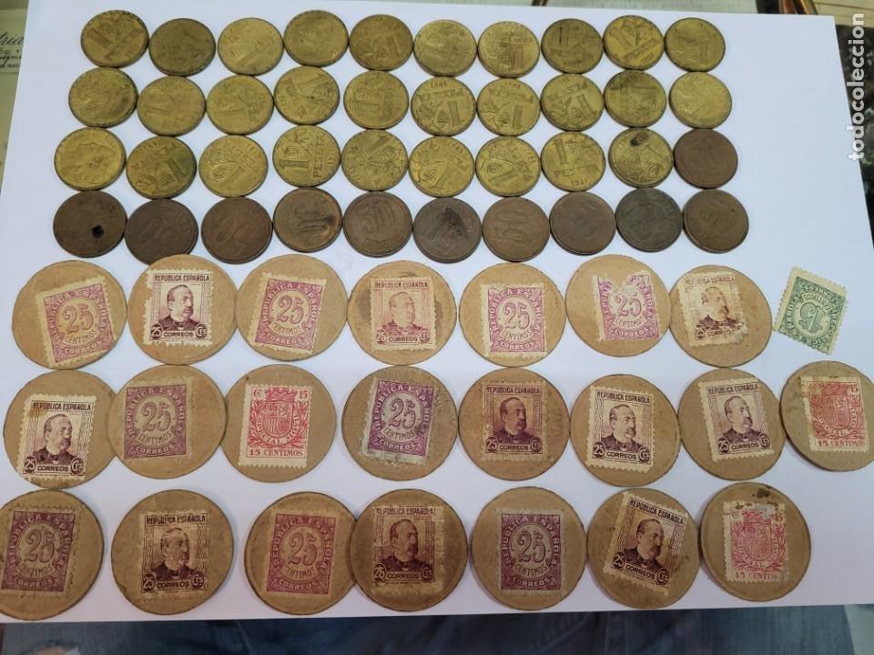 LOTE MONEDAS 1937 Y PAPEL MONEDA SELLO REPUBLICA ESPAÑOLA 1 PESETA 50 CENTIMOS (Numismática - España Modernas y Contemporáneas - República)