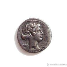 Monedas Roma República: DENARIO FORRADO REPUBLICANO, FAMILIA POMPONIA - CABEZA APOLO - LA MUSA TALIA. 112 AC. Lote 54475927