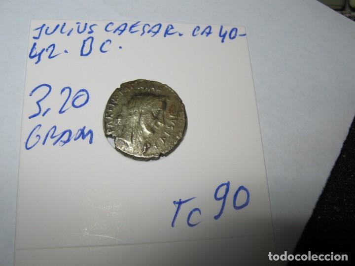 Monedas Roma República: Julio César, emperador y dictador, asesinado el 15 de marzo de 44 a. C. - Foto 5 - 243591715