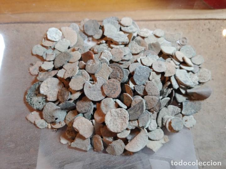 GRAN LOTE DE MONEDAS DE TODAS LAS EPOCAS A LIMPIAR Y CLASIFICAR 964 GRAMOS (Numismática - Periodo Antiguo - Roma República)