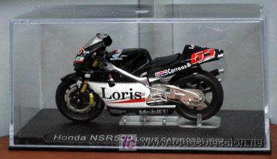 HONDA NSR500 LORIS CAPIROSSI 2002 (Juguetes - Motos a Escala)