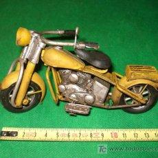 Motos a escala: MOTO TIPO HARLEY DAVIDSON, DE 16 CM LONGITUD. Lote 26840445