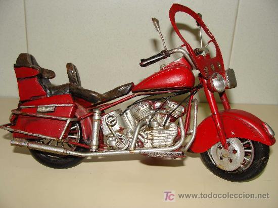 GRAN MOTOCICLETA DE COLECCIÓN. TIPO GOLDWIN. 27 CM. 760 GRAMOS. MOTO DE FABRICACIÓN ARTESANAL. (Juguetes - Motos a Escala)