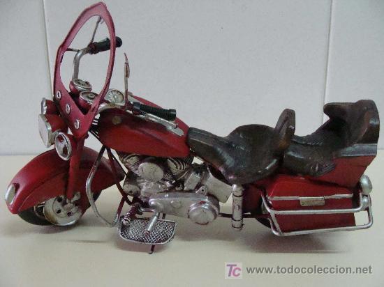 Motos a escala: GRAN MOTOCICLETA DE COLECCIÓN. TIPO GOLDWIN. 27 CM. 760 GRAMOS. MOTO DE FABRICACIÓN ARTESANAL. - Foto 7 - 20915721