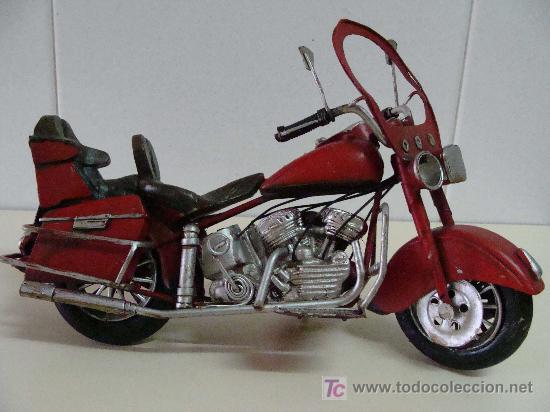 Motos a escala: GRAN MOTOCICLETA DE COLECCIÓN. TIPO GOLDWIN. 27 CM. 760 GRAMOS. MOTO DE FABRICACIÓN ARTESANAL. - Foto 5 - 20915721