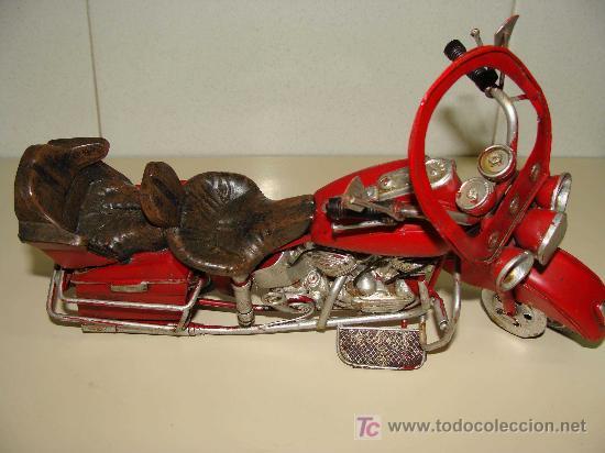 Motos a escala: GRAN MOTOCICLETA DE COLECCIÓN. TIPO GOLDWIN. 27 CM. 760 GRAMOS. MOTO DE FABRICACIÓN ARTESANAL. - Foto 4 - 20915721