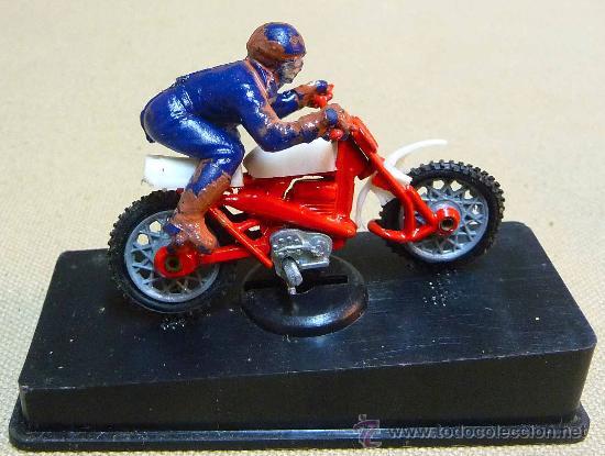RARA MOTO, MOTOCICLETA, MONTESA?, FABRICADA EN ESPAÑA POR INTER CARS, 1970S, EN SU CAJA (Juguetes - Motos a Escala)