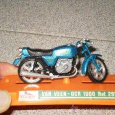 Motos a escala: MOTO VAN VEEN - OCR 1000 . REF: 291 . DE GUILOY ( MADE IN SPAIN ) AÑOS 70 . CON EXPOSITOR . . Lote 28140762