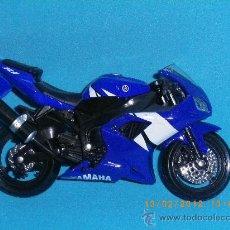 Motos a escala: YAMAHA R1. Lote 30498142