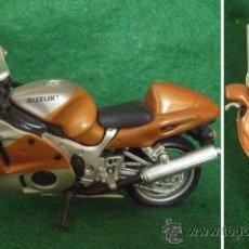 Motos a escala: LOTE MAISTO - MOTO SUZUKI - ESC.1/18- EDICION COLECCIONISTA. Lote 30650931