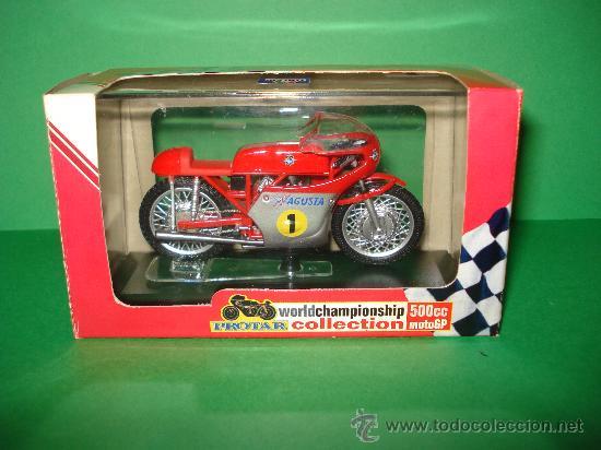 Motos a escala: Moto MV AGUSTA 3 cil. 500 cc. Campeona del Mundo 1967 Escala 1/22 Giacomo Agostini PROTAR de ITALERI - Foto 3 - 31955537