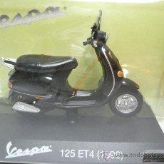 Motos a escala: VESPA 125 ET4 1996. Lote 34984075