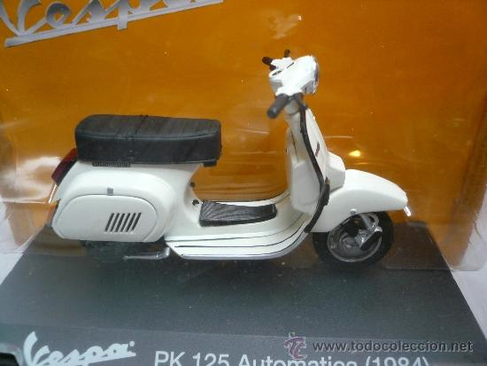 Motos a escala: VESPA PK 125 AUTOMATICA 1984 - Foto 2 - 34984139