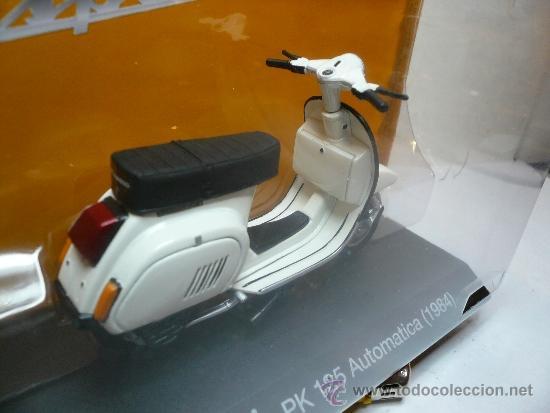 Motos a escala: VESPA PK 125 AUTOMATICA 1984 - Foto 3 - 34984139