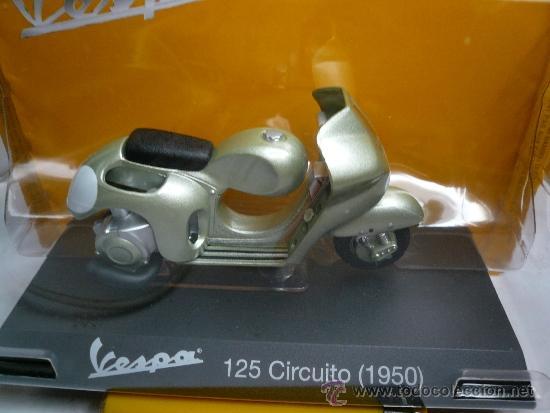 Motos a escala: VESPA 125 CIRCUITO 1950 - Foto 2 - 34984437