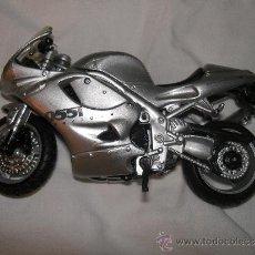 Motos a escala: MOTO TRIUMPH ESCALA JUGUETE. Lote 36343593