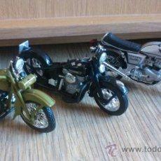 Motos a escala: LOTE DE 3 MOTOCICLETAS CLASICAS A ESCALA HARLEY DAVIDSON NORTON . Lote 39120831
