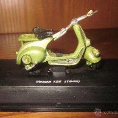 Motos a escala: VESPA 125(1948),NEW RAY,ESC.1/43. Lote 54358480