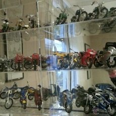 Motos a escala: COLECCION DE MOTOS 1/18. SUPER MOTOS. Lote 46767538