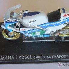 Motos a escala: MOTO ALTAYA, YAMAHA TZ250L, CHRISTIAN SARRON 1984. CC. Lote 47137758
