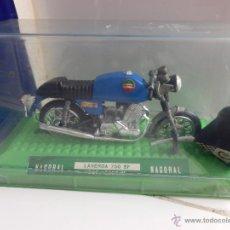 Motos a escala: MOTO LAVERDA NACORAL AÑOS 70 CON CAJA REFERENCIA 3608 M. Lote 47584344