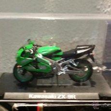 Motos a escala: MOTO ESCALA 1.24 KAWASAKI ZX-9R. Lote 47907838